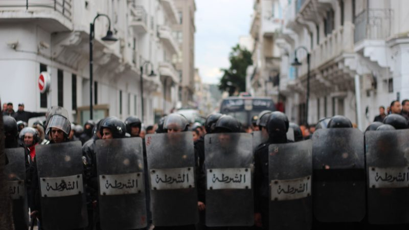 Tunisian riot police in the capital Tunis on 6 February 2013. Photo by Amine Ghrabi (CC BY-NC 2.0)
