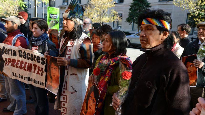 Une manifestation à la mémoire de Berta Cáceres, assassinée en 2016. Photo: Comisión Interamericana de Derechos Humanos, utilisée sous licence Creative Commons (CC BY 2.0).