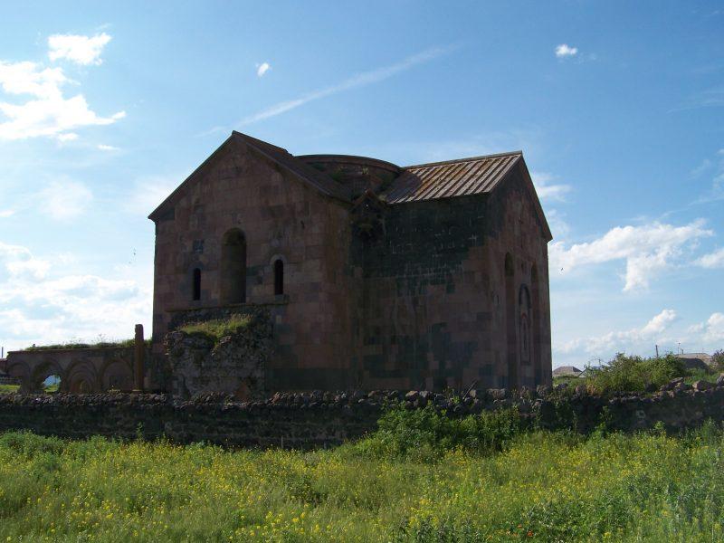 La cathédrale de Kumurdo, une église géorgienne du dixième siècle dans un village majoritairement arménien qui a été le théâtre d'affrontements sur le patrimoine de l'église. (photo: Wikimedia Commons , Jaba1977)