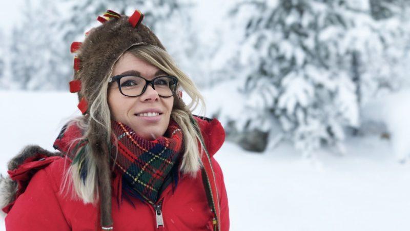Inka Saara Arttijeff est la conseillère du président du parlement sami et est issue d'une famille d'éleveurs de rennes samis. Elle représente la Finlande aux sommets internationaux sur le changement climatique. Crédit: Sonia Narang/PRI