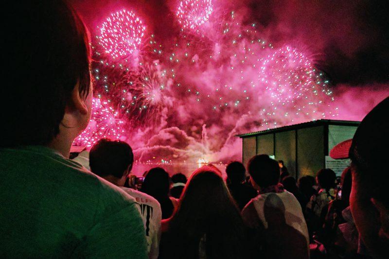 Fogos de artificio japoneses