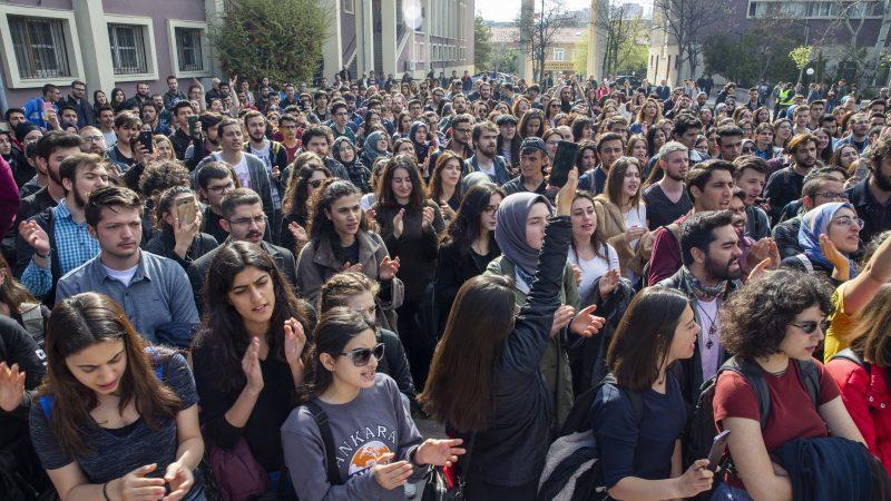 En Turquie, vague de protestations sur les campus universitaires suite à des cas d'abus sexuels et de harcèlement