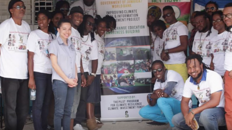 Jamaica's 'Voices for Climate Change' spreads its message with music · Global Voices
