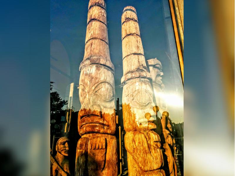 Totem poles in victoria bc