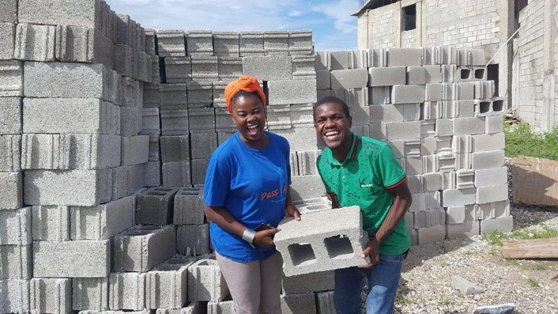 À Haïti, une bibliothèque communautaire fait un pied de nez aux clichés sur Cité Soleil