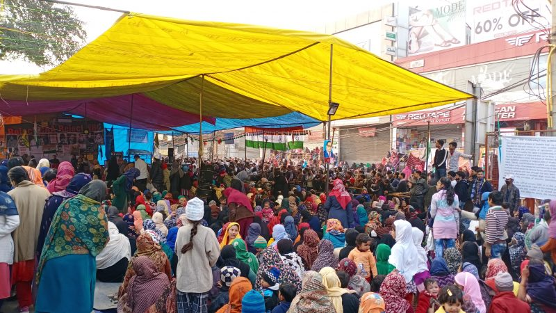 The main protest area of Shaheen Bagh protests 15 Jan 2020. Image by DTM via Wikimedia Commons. CC 0