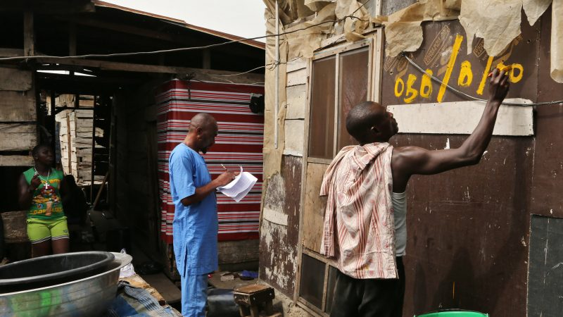 Nigeria's elite 'above the law' as the poor struggle with COVID-19 measures · Global Voices