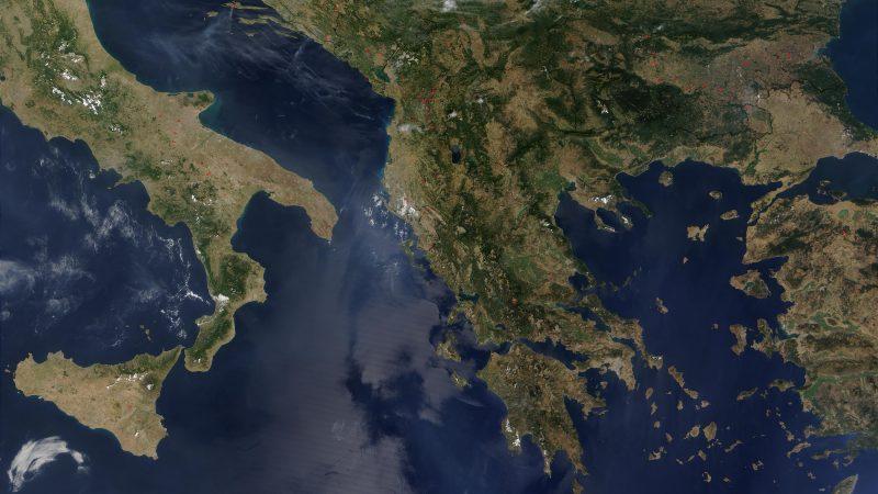 Une nouvelle initiative interrégionale de lutte contre la désinformation est lancée dans les Balkans · Global Voices en Français