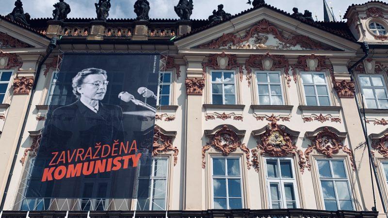70 anos após seu falso julgamento e execução, os tchecos refletem sobre seu passado comunista · Global Voices