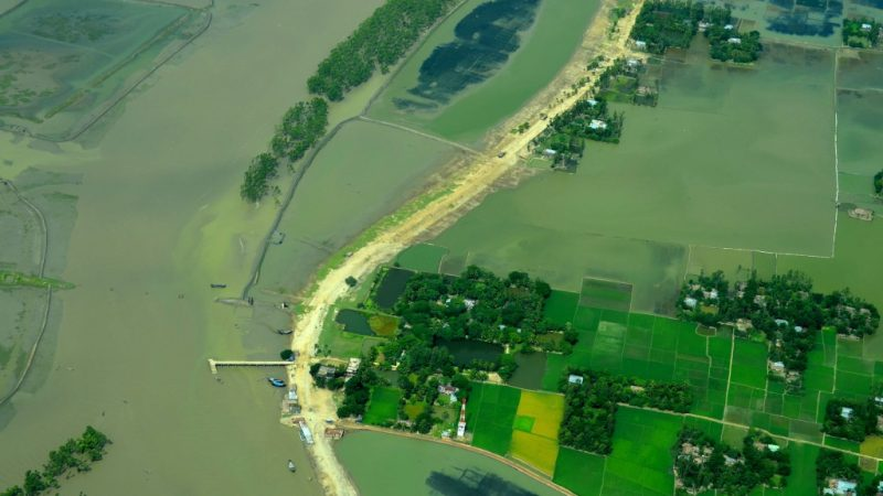 Flood-prone lands in Bangladesh. Image from Flickr by Rezwan. Used with permission.