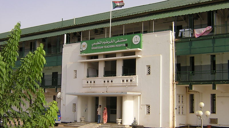 Sudán enfrenta segunda ola de COVID-19 en medio de escasez de drogas y huelga médica · global voices en español