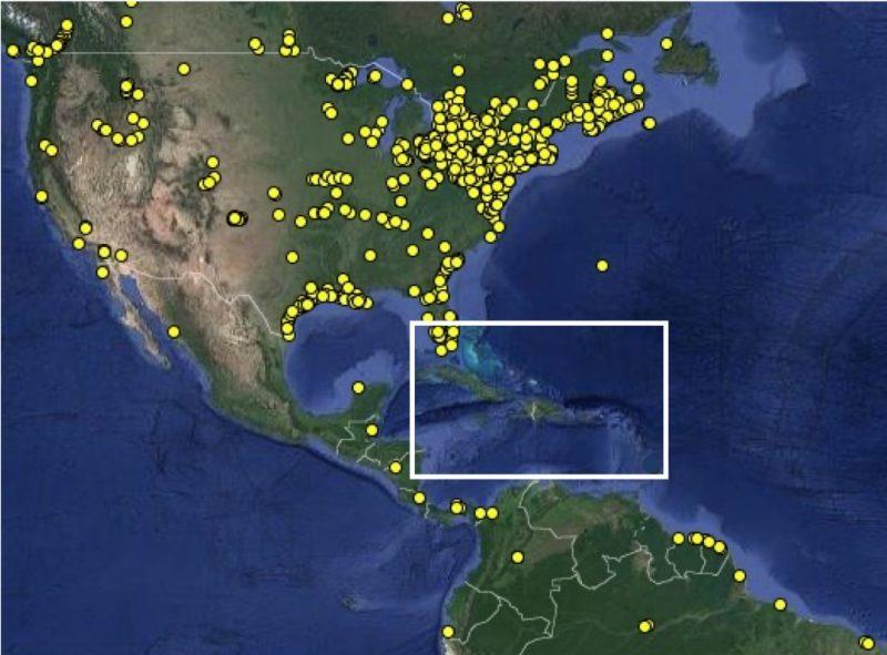 Stations réceptrices représentées sur une photo satellitaire prise au-dessus de l'Amérique du Nord et de l'Amérique centrale
