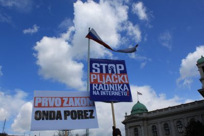 Serbian Freelancers Protest New Retroactive Tax That Threatens To Push Thousands Into Poverty 5