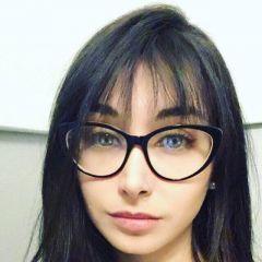 Um retrato de Sarah Hunaidi