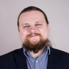 mini-profilo di Sergei Lavrinenko